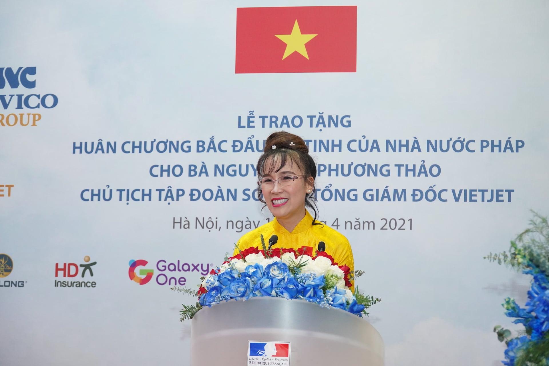 ba-nguyen-phuong-thao-nhan-huan-chuong